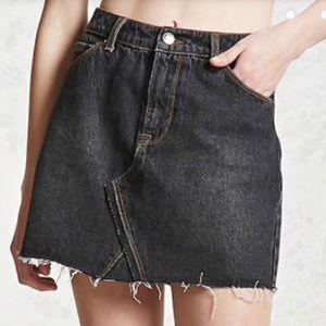 NWOT Forever 21 Black Distressed Denim Skirt